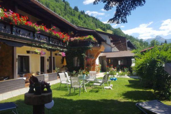 Der Alpen-Appartementhof
